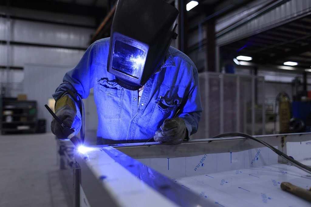 Le regole del Contratto metalmeccanici industria